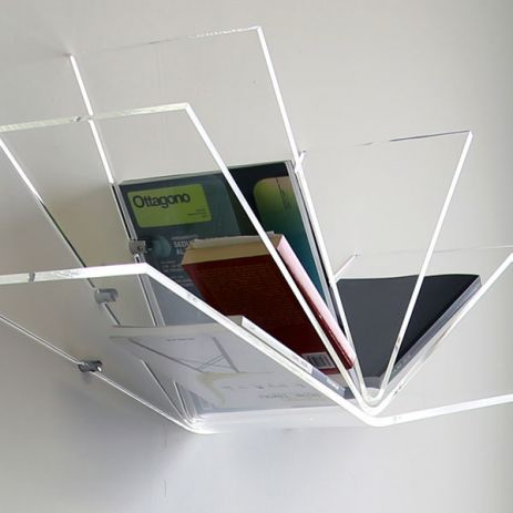 libro, plexiglass book shelf